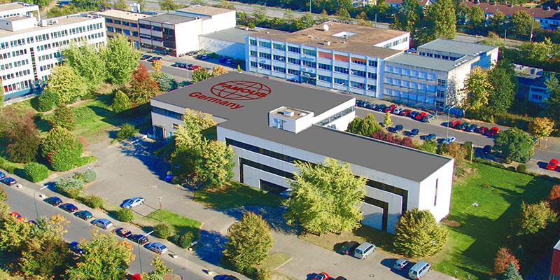 Luftaufnahme von dem Firmengelände der Famous Industrial Group in Düsseldorf